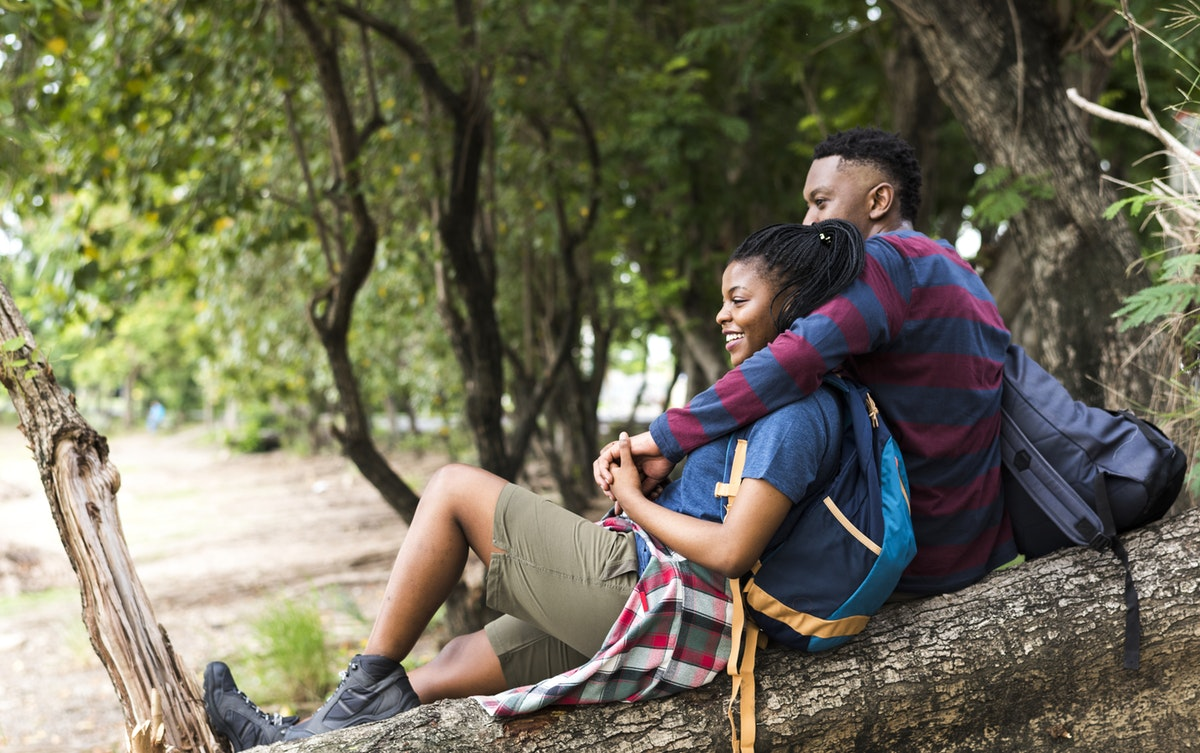 How real is the friend zone ? Couples trekking and resting